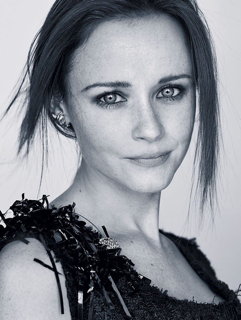 GLAMOUR GERMANY Alexis Bledel by Alexei Hay. Veronique Tristram, December 2016, www.imageamplified.com, Image Amplified4