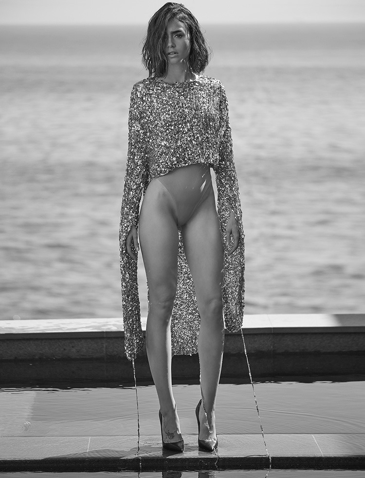 MALIBU MAGAZINE Lily Collins by Mark Squires. Rob & Mariels, Fall 2016, www.imageamplified.com, Image Amplified6