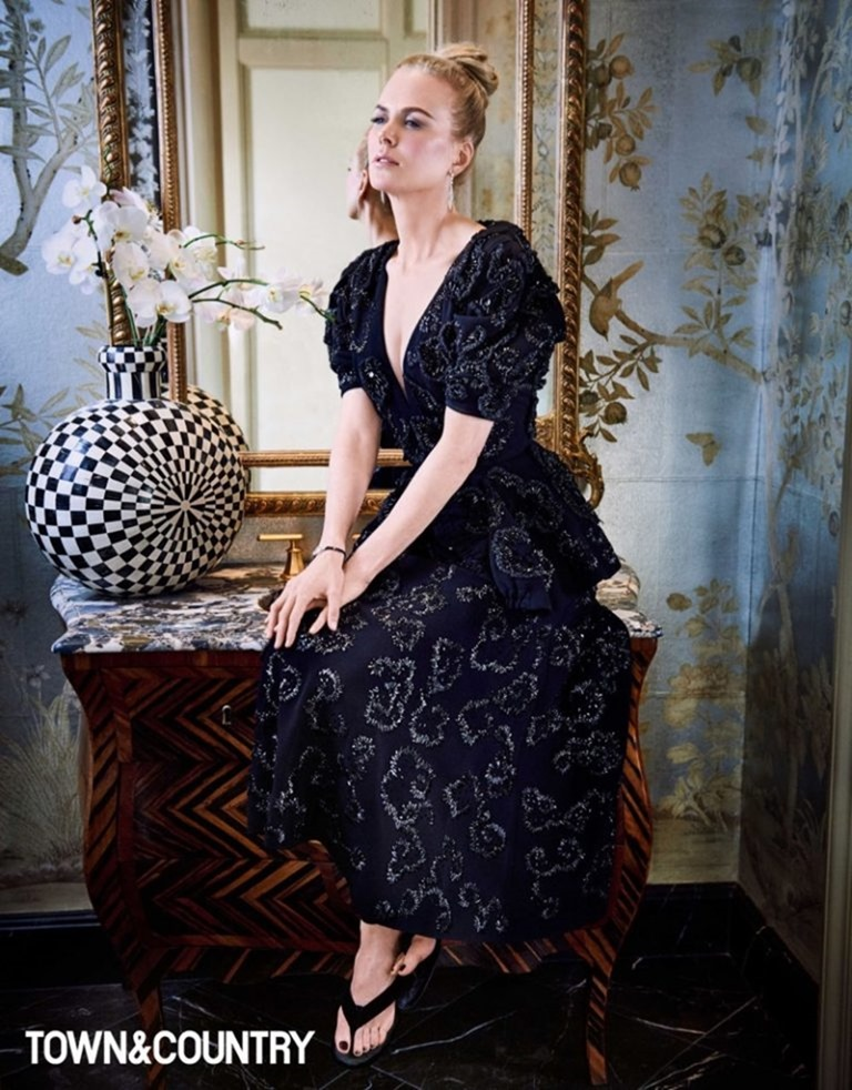 TOWN & COUNTRY MAGAZINE Nicole Kidman by Max Vadukul. December 2016, www.imageamplified.com, Image Amplified (1)