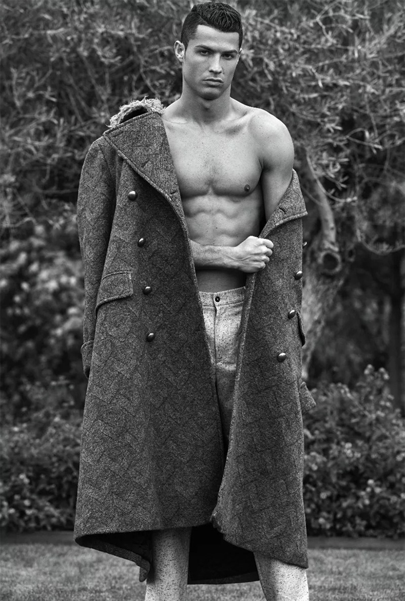 DSECTION MAGAZINE Cristiano Ronaldo by Philippe Vogelenzang. Nelly Goncalves, Fall 2016, www.imageamplified.com, image Amplified (3)