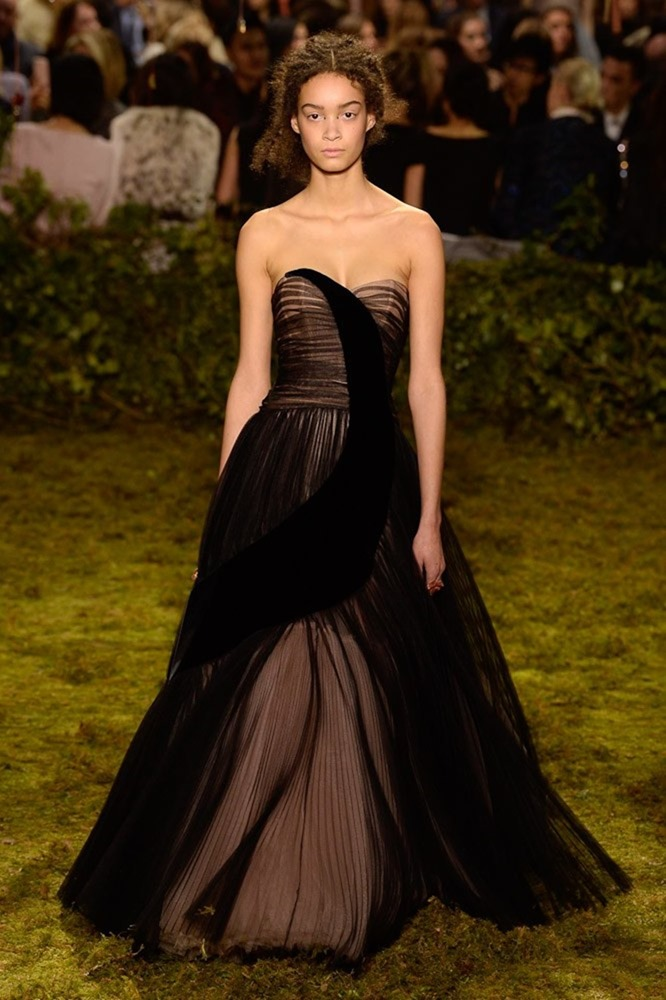 PARIS HAUTE COUTURE Christian Dior Couture Spring 2017. www.imageamplified.com, Image Amplified44
