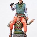 EL PAIS MAGAZINE: Julian Schneyder & Kit Butler by Gorka Postigo