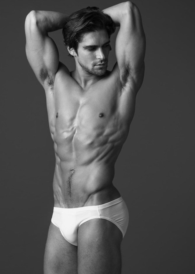 MASCULINE DOSAGE Mike Pishek by Wong Sim. Spring 2017, www.imageamplified.com, image amplified3