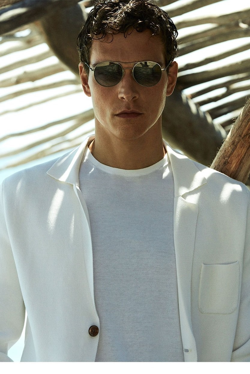 CAMPAIGN Alexandre Cunha & Mathias Lauridsen for Massimo Dutti Spring 2017 by Alvaro Beamud Cortes. www.imageamplified.com, Image Amplified17