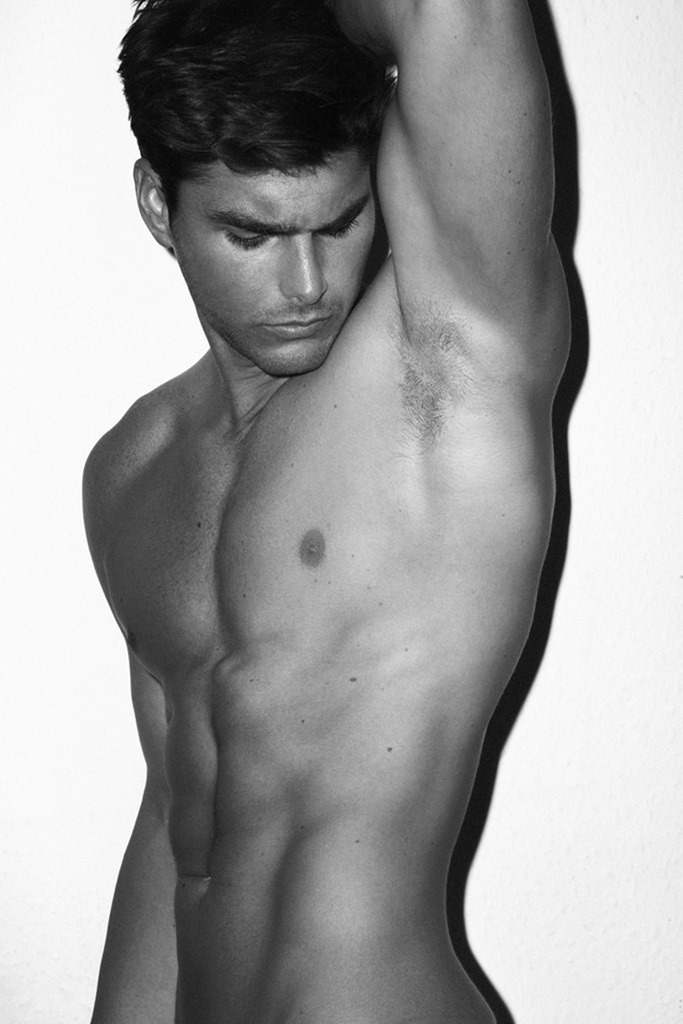 COITUS ONLINE Charlie Matthews by Pantelis. Spring 2017, www.imageamplified.com, image Amplified3