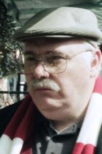 Nick Holder   OSOBNOSTI.cz