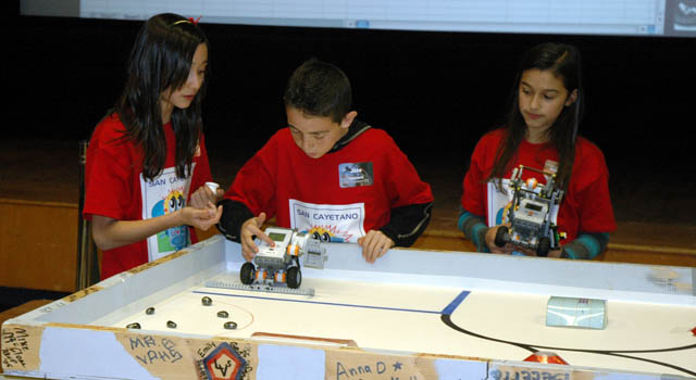 News  NASA Explorer Schools Compete in Lego Robotics Contest
