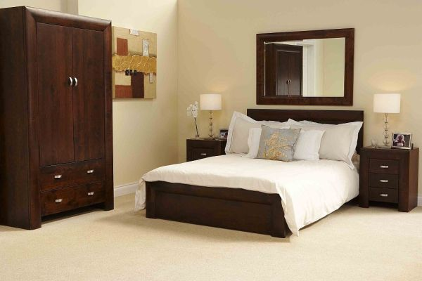 dark wood bedroom Michigan DARK WOOD bedroom furniture 5' KING SIZE BED | eBay