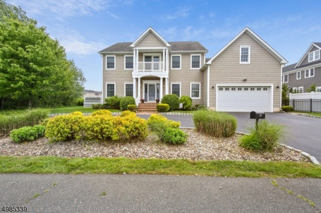 Property for sale at 32 Meredith Ct, Monmouth Beach Boro,  New Jersey 07750