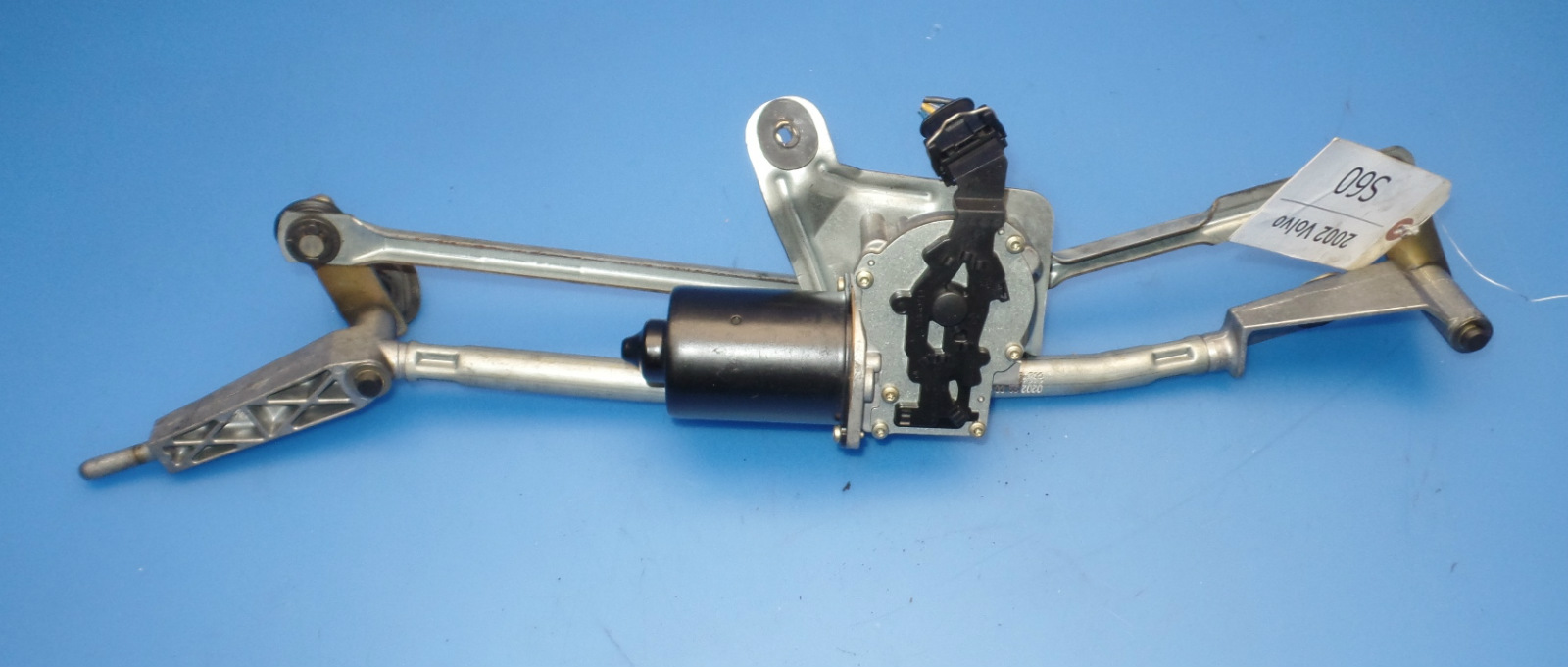 hight resolution of this is a windshield wiper motor with linkage removed from a 2002 volvo s60 should