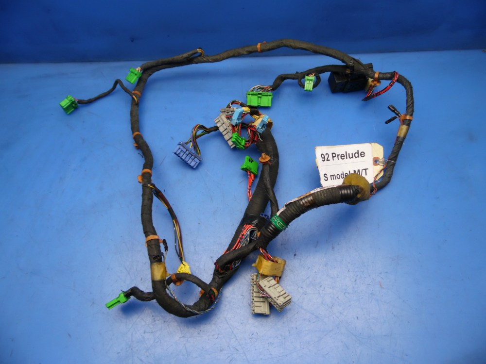 medium resolution of 92 93 prelude oem radio dash gauge cluster wiring harness mt 32117 ss0 a004