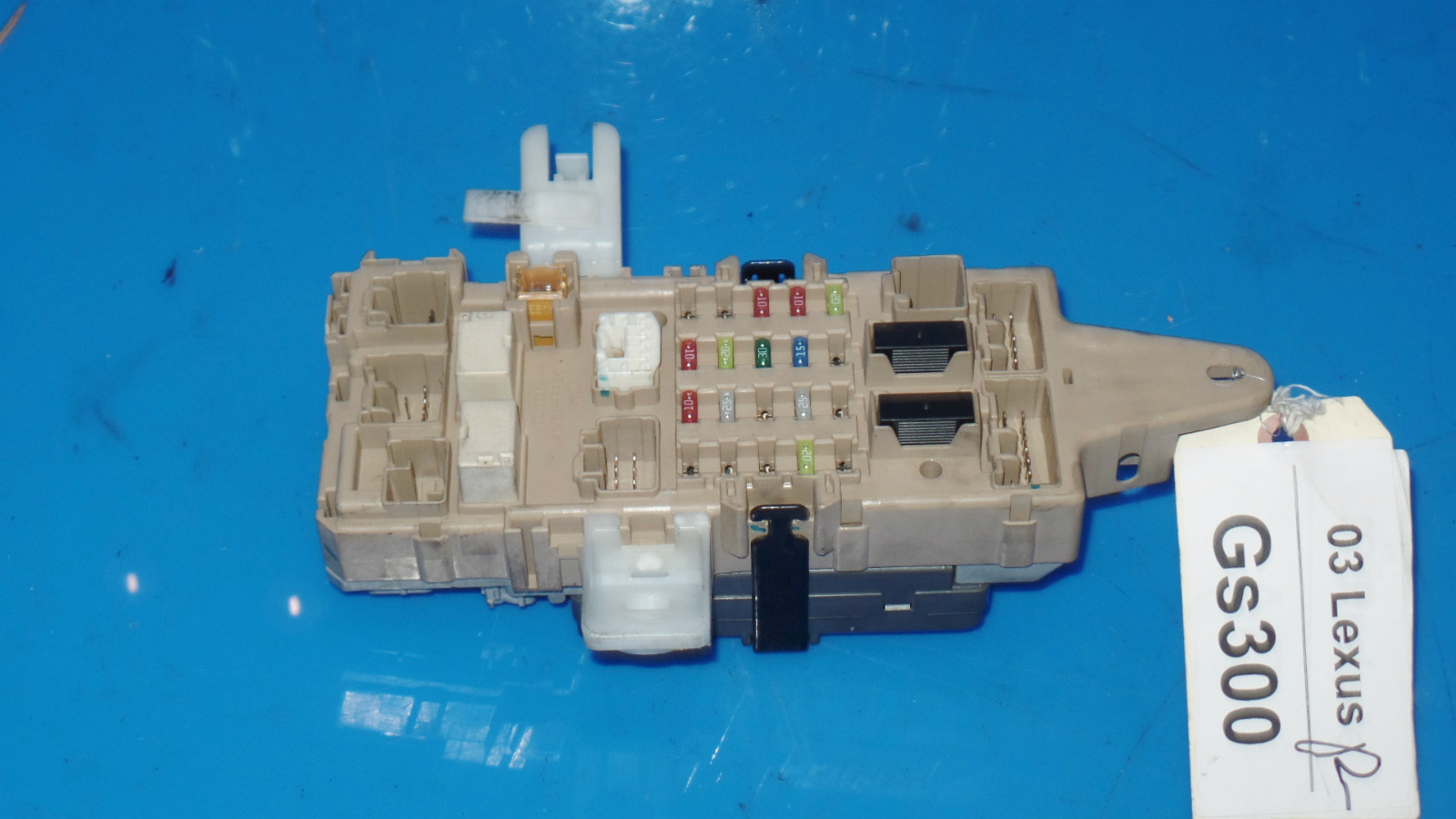 hight resolution of 98 05 lexus gs300 oem in dash fuse box w fuses etc mpx