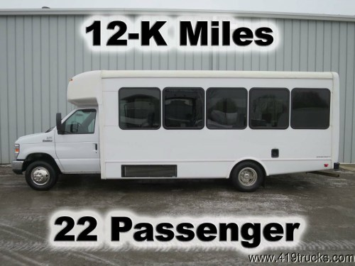 small resolution of e450 v 10 gas starcraft 22 passenger limo church party bus van truck 12 k miles