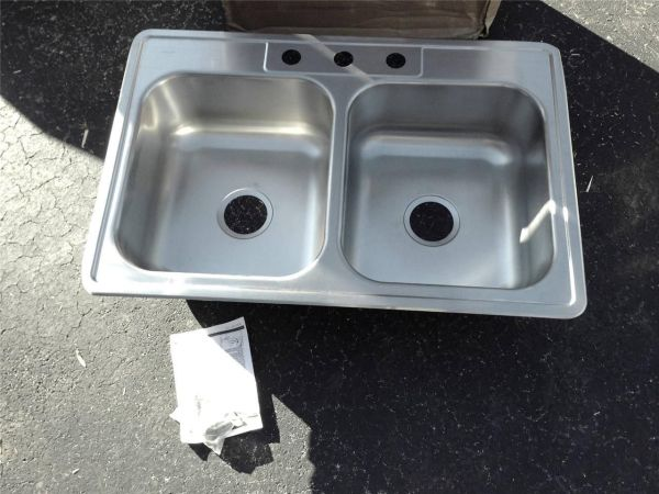 Elkay Dxr33223 Dayton 33x22x8 Stainless Steel Double Bowl Kitchen Sink Yourplumberscrack Offers