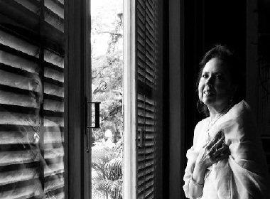 Projeto fotográfico de mulheres diagnosticadas com câncer busca apoio para chegar à Bahia