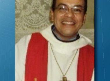 Paraíba: Padre é encontrado morto com 29 facadas dentro de casa paroquial