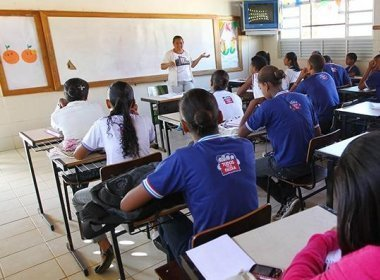 Aulas na rede estadual de ensino começam dia 6 de fevereiro, diz SEC