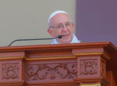 Papa compara freiras fofoqueiras a terroristas: 'Atira a bomba, destrói tudo e vai embora'