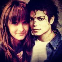 Filha de Michael Jackson presta homenagem ao pai