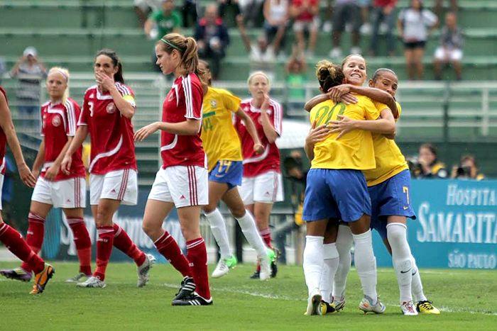 Brasil venceu a Dinamarca na primeira fase  / Divulgação