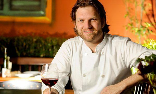 Daniel Bork recebe o chef Carlos Bertolazzi
