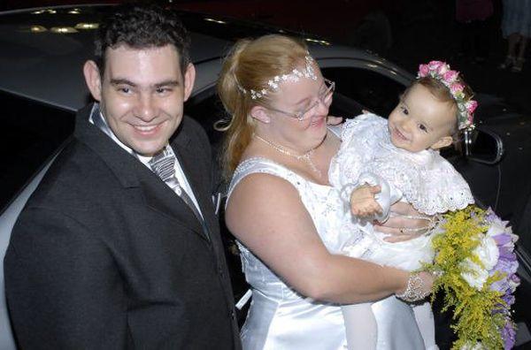Fábio e Gabriela oficializaram a união em 2009 e a filha do casal foi a dama de honra