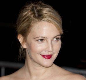 Drew Barrymore incomodou vizinhança com balada  / Left Eyed Photography / Shutterstock.com