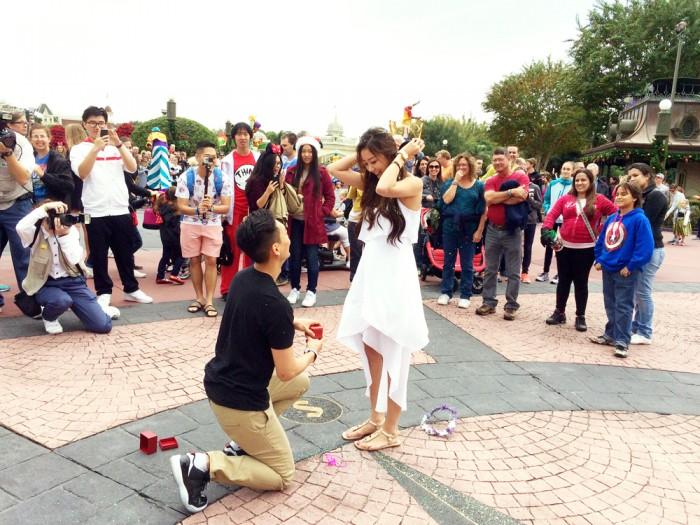 Pedido de casamento na Disney | Foto: howheasked.com