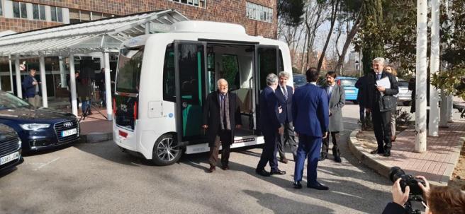Presentación del autobús sin conductor que circulará por la UAM.