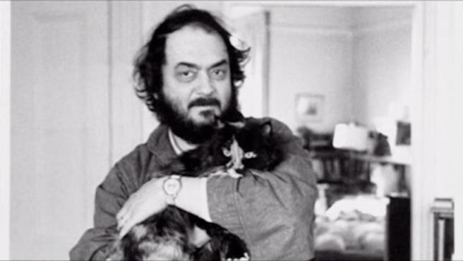 Así enseñaba Stanley Kubrick a cuidar de sus gatos