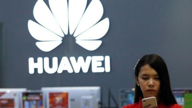 Pese a sus problemas con Estados Unidos y con Google, la compañía china sigue mostrando fuerza y se mantiene en la segunda posición, a buena distancia de sus perseguidores. En el segundo trimestre fueron 58,7 millones de terminales vendidos (18% de cuota de mercado).