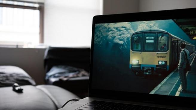 Disfruta de series y películas de forma gratuita durante 30 días con Amazon Prime Vídeo.