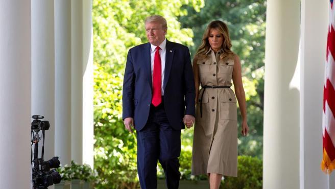 El presidente de EE UU, Donald Trump, y su esposa, Melania Trump, en la Casa Blanca.