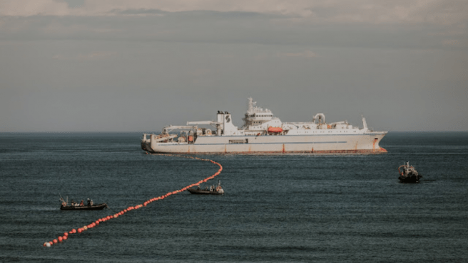 El cable submarino ya está en España desde este mediodía.