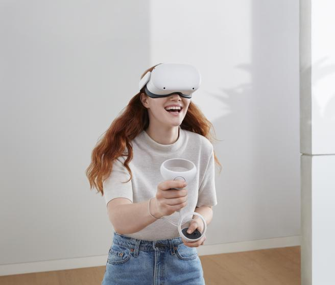 The Oculus Quest 2 have 6GB of RAM and a resolution of 1832 x 1920 pixels per eye.