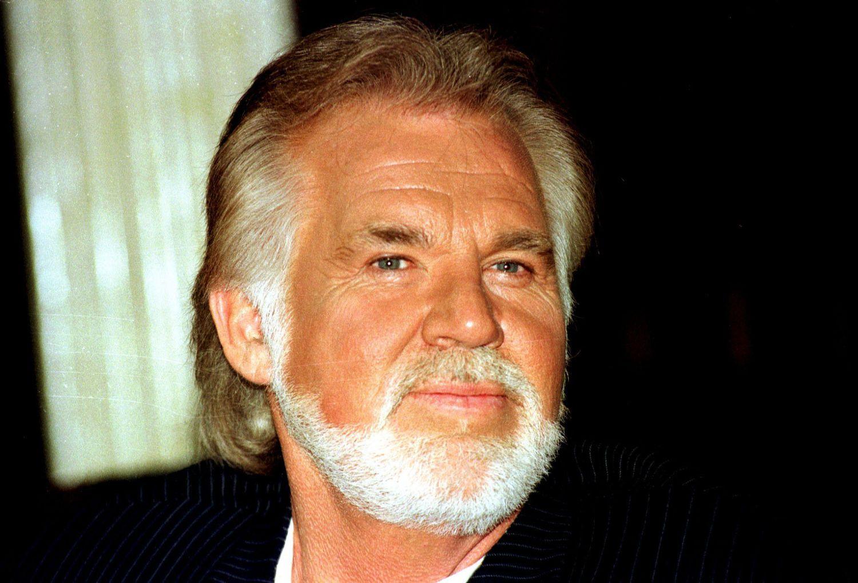 Muere Kenny Rogers, estrella de 'country', a los 81 años