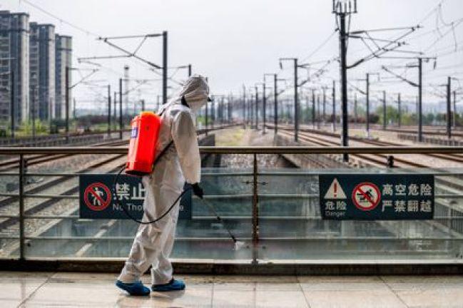 Millones de confinados en China para luchar contra variante delta del coronavirus