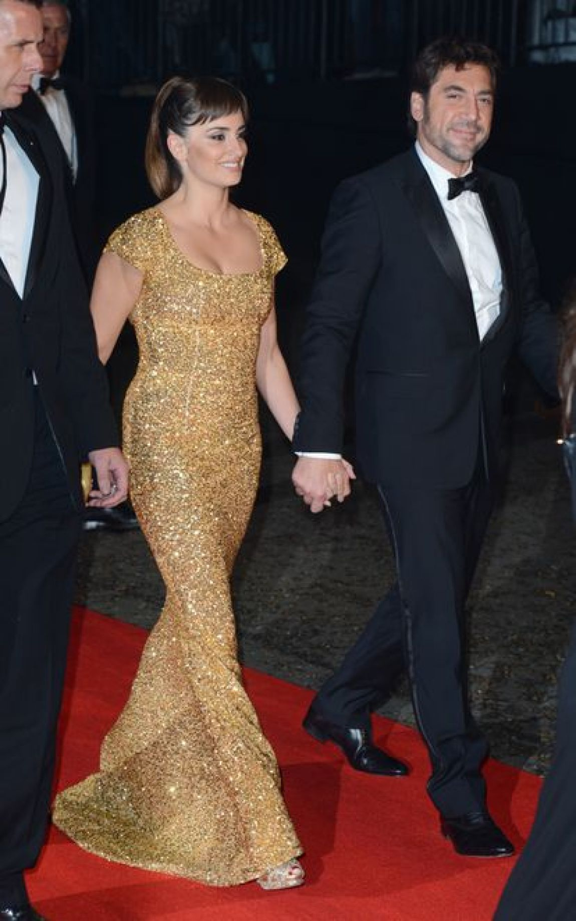 Javier Bardem and Penelope Cruz, at the 'Skyfall' premiere party in London.