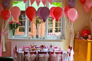 8 ideas para decorar una silla de una fiesta para princesas  LaCelebracioncom