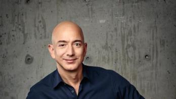 La simple regla de oro de Jeff Bezos para llegar al éxito: aprender a escribir bien
