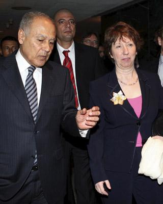 Ashton, en su visita oficial a El Cairo. EFE / EPA