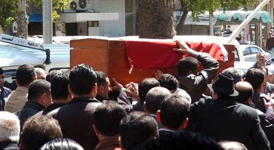 Funeral de uno de los muertos en Lataquia.