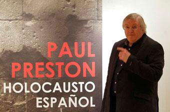 Paul Preston, antes de comenzar la presentación de su libro.
