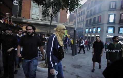 Imagen de los manifestantes en la Plaza de Callao de Madrid.