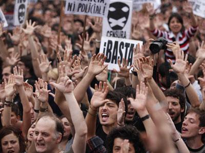 Imagen de las protestas de este martes en la Puerta del Sol.
