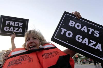 Activistas de la Segunda Flotilla de la Libertad.-
