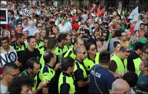 Policías, en la manifestación en Madrid.-<br /><br /> DOMINIQUE FAGET (AFP)