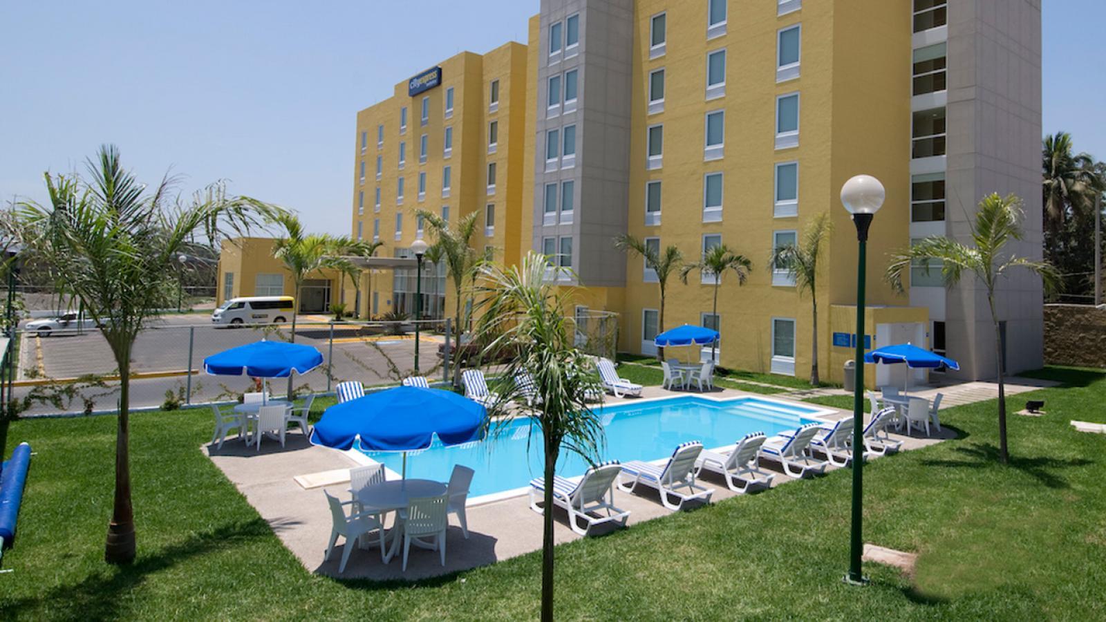 City Express Lzaro Rdenas Hoteles