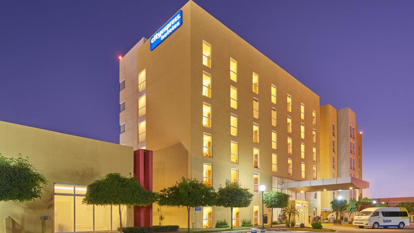 City Express Ciudad Obreg Hotels