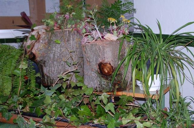 Decoracion de jardines con troncos